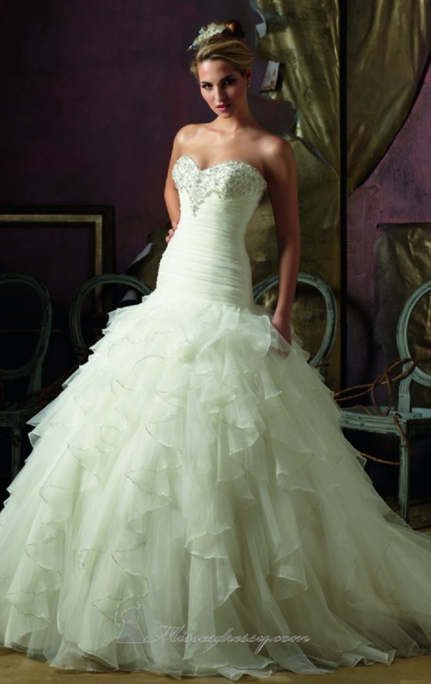 20 Elegant Strapless Wedding Dresses (6)