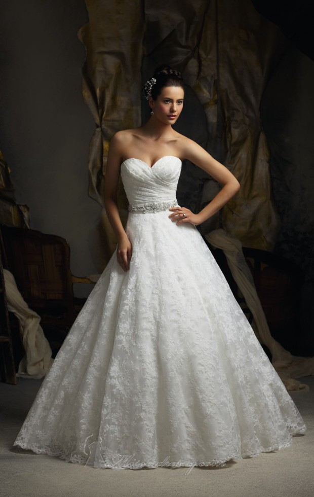 20 Elegant Strapless Wedding Dresses (8)