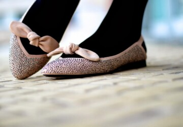 21 Divine Ideas of This Season's Trendy Shoes Flats - Woman shoes, spring shoes, shoes flats, Shoes