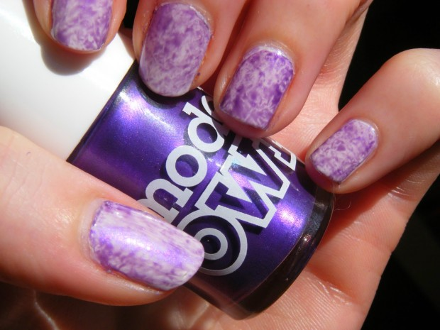 24 Beautiful Purple Nail Art Ideas (12)