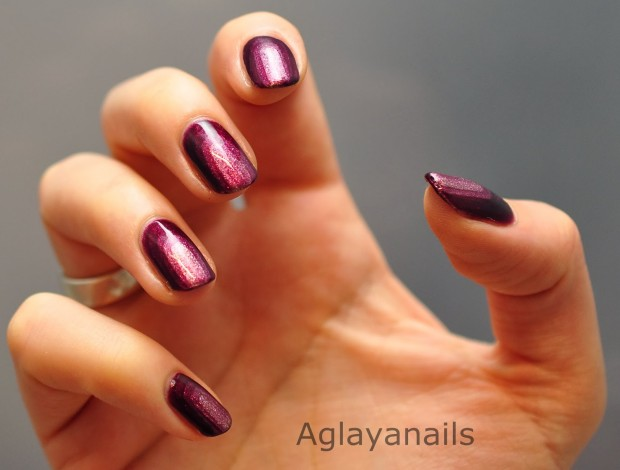 24 Beautiful Purple Nail Art Ideas (8)