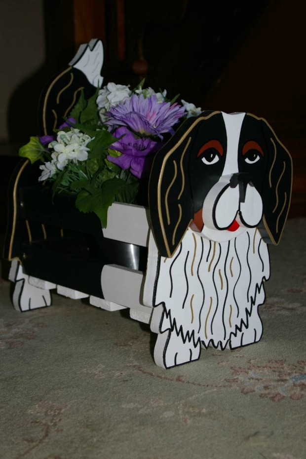 24 Outstandingly Cute DIY Canine Planters (10)