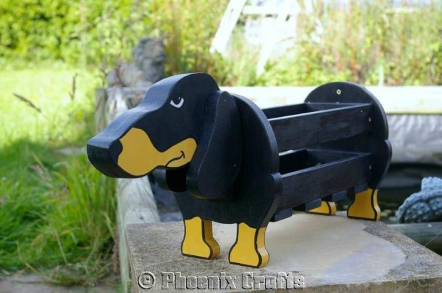 24 Outstandingly Cute DIY Canine Planters (14)