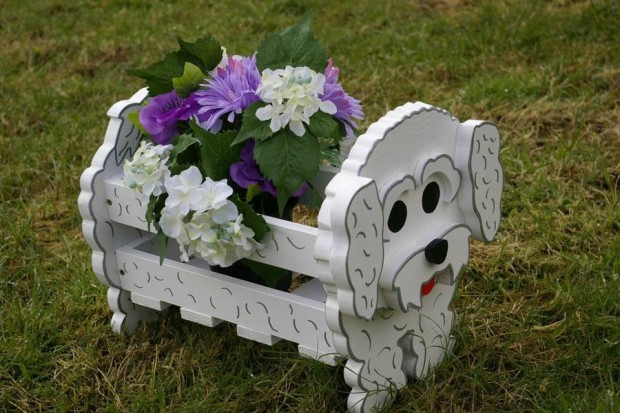 24 Outstandingly Cute DIY Canine Planters (2)