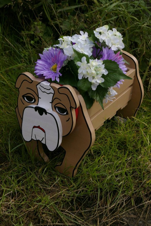 24 Outstandingly Cute DIY Canine Planters (4)