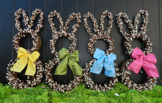 26 Creative and Easy Handmade Easter Wreath Designs (10)