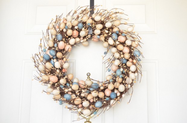 26 Creative and Easy Handmade Easter Wreath Designs (25)