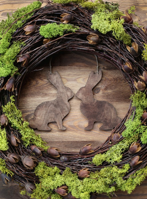 26 Creative and Easy Handmade Easter Wreath Designs (7)