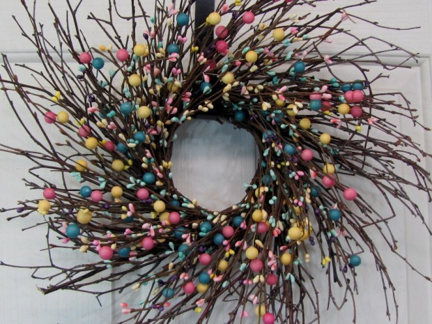 26 Creative and Easy Handmade Easter Wreath Designs (9)
