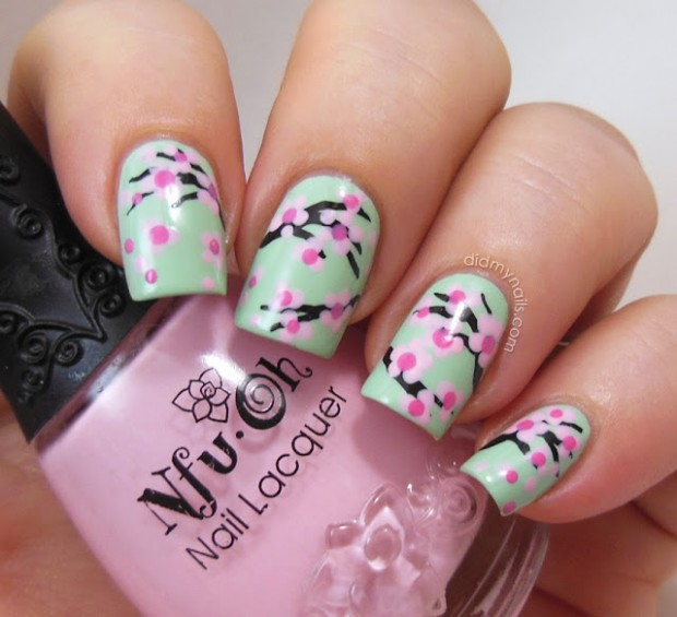 Collection of 23 Beautiful Floral Nail Art Ideas