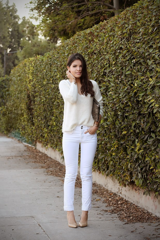 How to Wear White Jeans 17 Stylish Outfit Ideas (1)