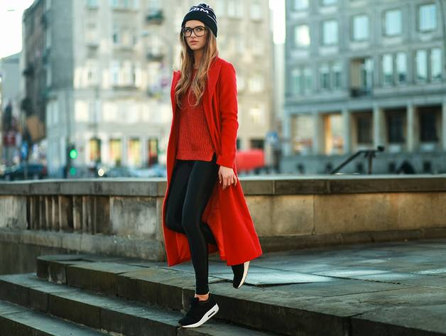 Sneakers for Trendy Chic Look: 16 Sporty and Stylish Outfit Ideas - sporty style, sporty outfit, Sneakers Outfit Ideas, Sneakers, chic outfit
