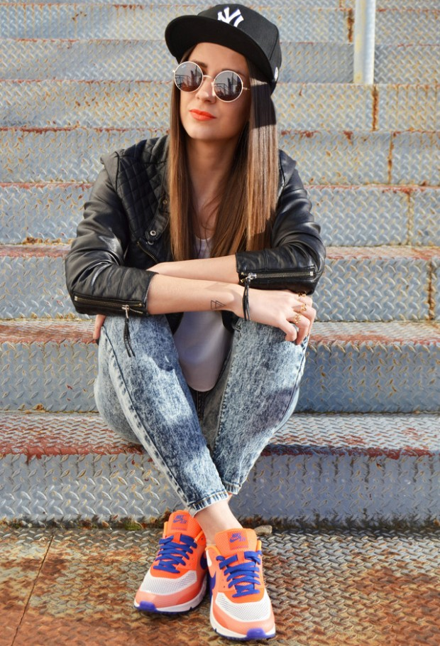 Sneakers for Trendy Chic Look 16 Sporty and Stylish Outfit Ideas (8)