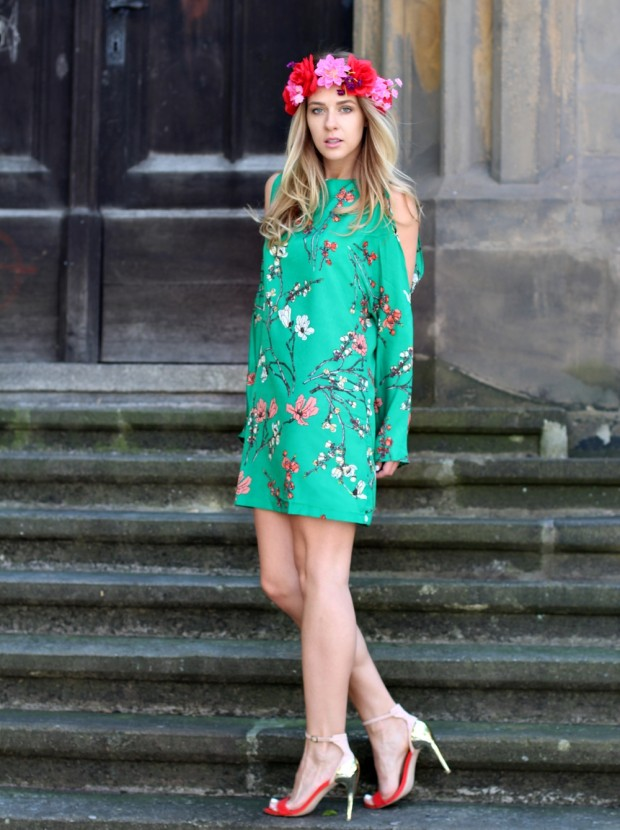 Wear Green for St. Patrick Day 16 Stylish Outfit Ideas (11)