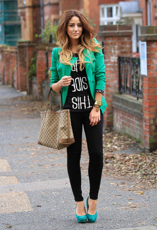 Wear Green for St. Patrick Day 16 Stylish Outfit Ideas (12)