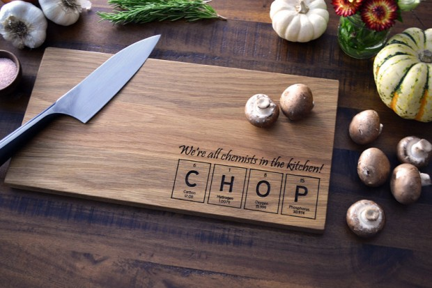 15 Beautiful Handmade Cutting Board Gifts (13)