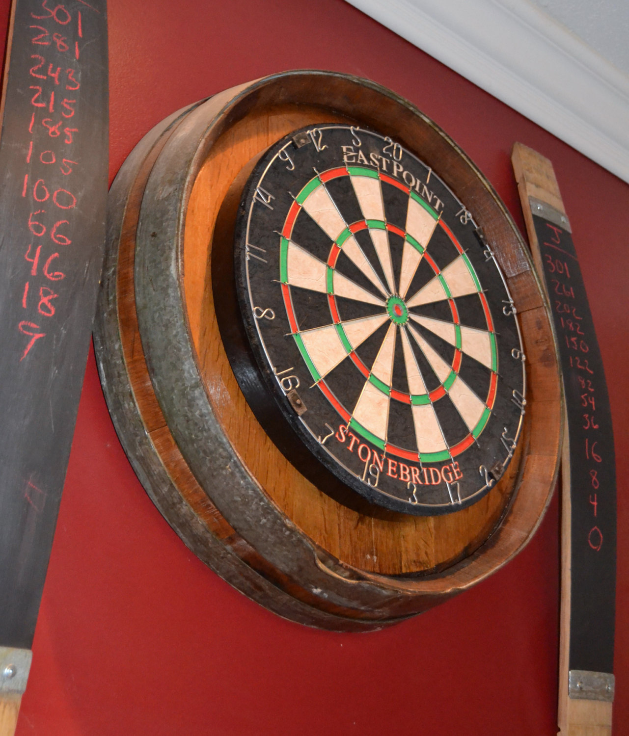 15 cool diy projects from recycled wine barrel wood for Diy dartboard lighting