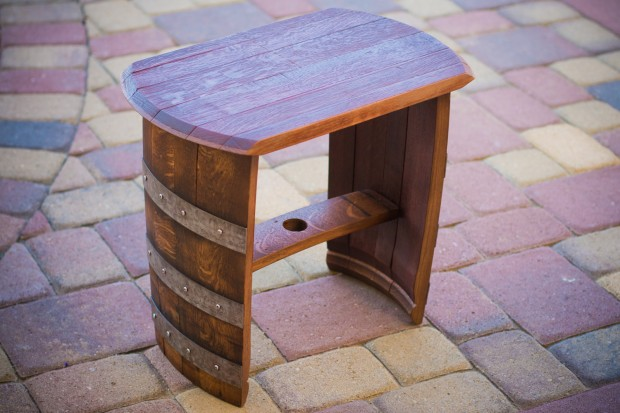 15 Cool DIY Projects From Recycled Wine Barrel Wood (2)