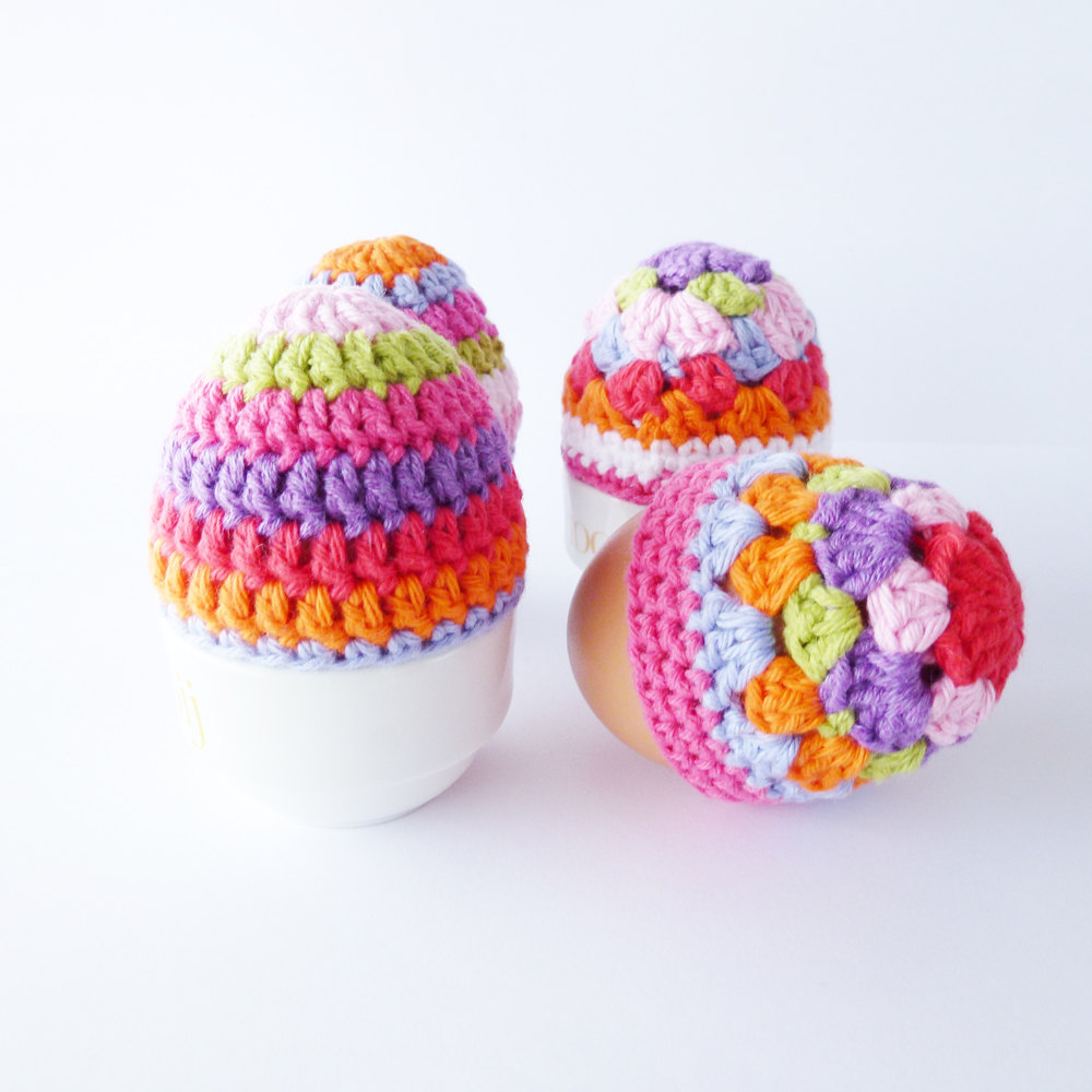 Easter Egg Cosy Knitting Pattern : 16 Adorable Handmade Easter Egg Cozies - Style Motivation