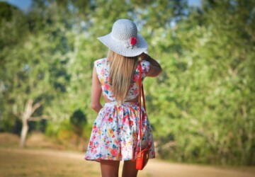 23  Examples of Trendy Floral Dresses for This Season - women dresses, spring outfit, Floral Print, floral dresses, elegant dresses, casual outfit