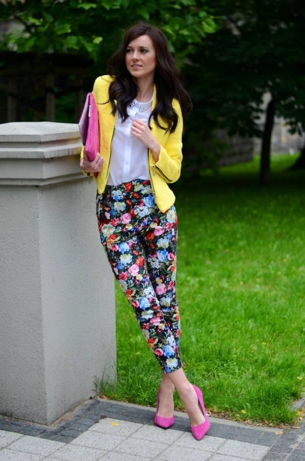 17 Amazing Outfit Ideas with Floral Pants (2)
