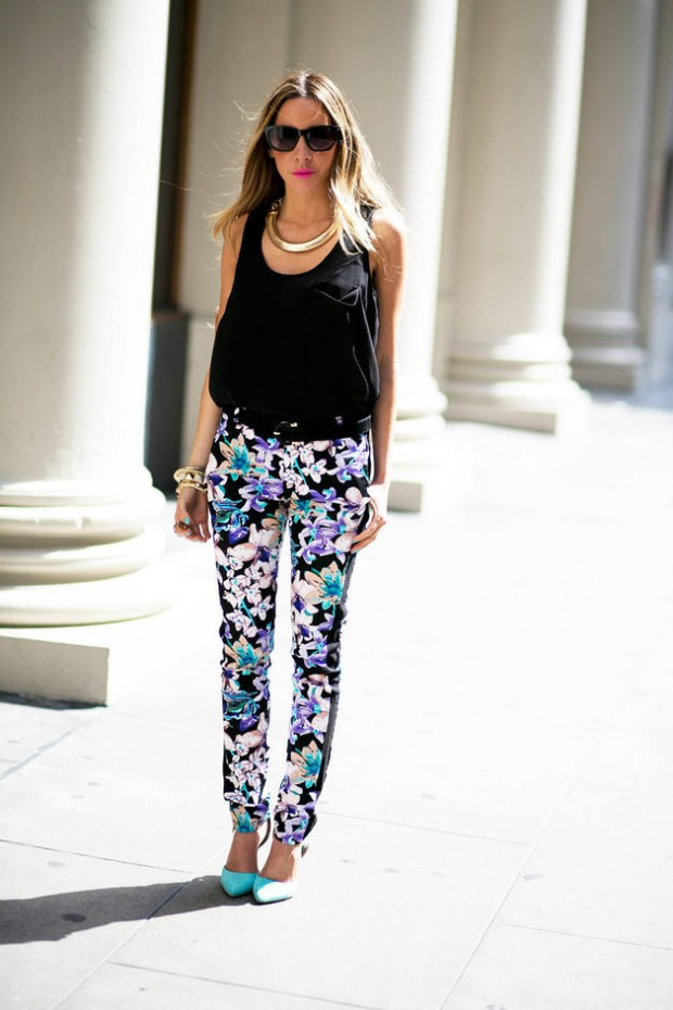 17 Amazing Outfit Ideas with Floral Pants (5)