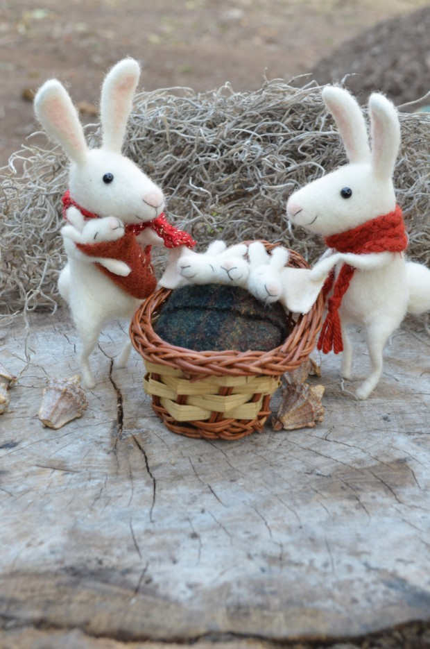 17 Cute & Handmade Needle Felted Easter Decorations (10)
