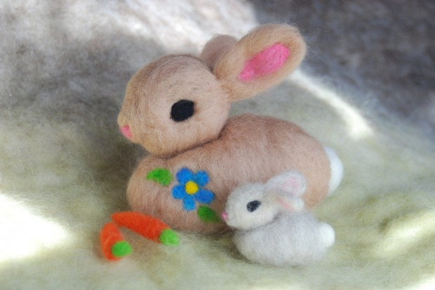 17 Cute & Handmade Needle Felted Easter Decorations (13)
