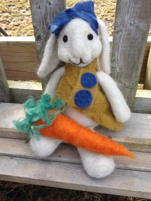 17 Cute & Handmade Needle Felted Easter Decorations (6)