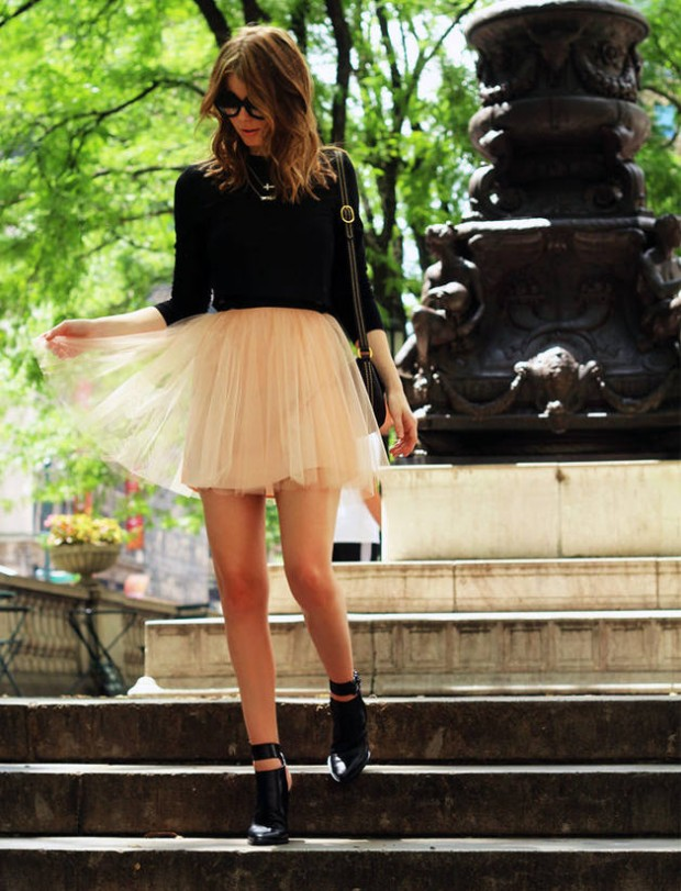 17 Outfit Ideas with Tulle Skirts for Romantic Look (13)
