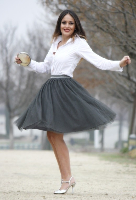 17 Outfit Ideas with Tulle Skirts for Romantic Look (5)