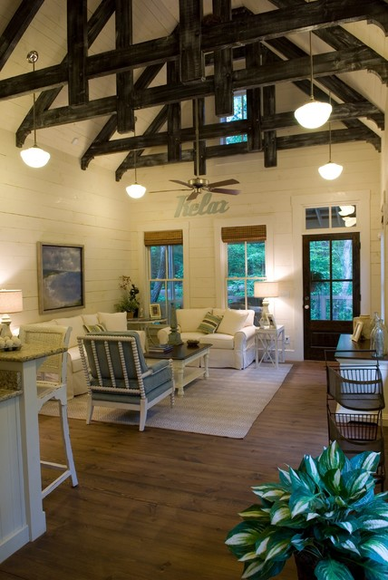 White Beach Cottage Living Room: 18 Beach Cottage Interior Design Ideas Inspired By The Sea