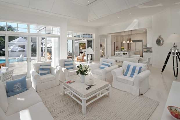 18 beach cottage interior design ideas inspired by the sea for Beach house designs interior