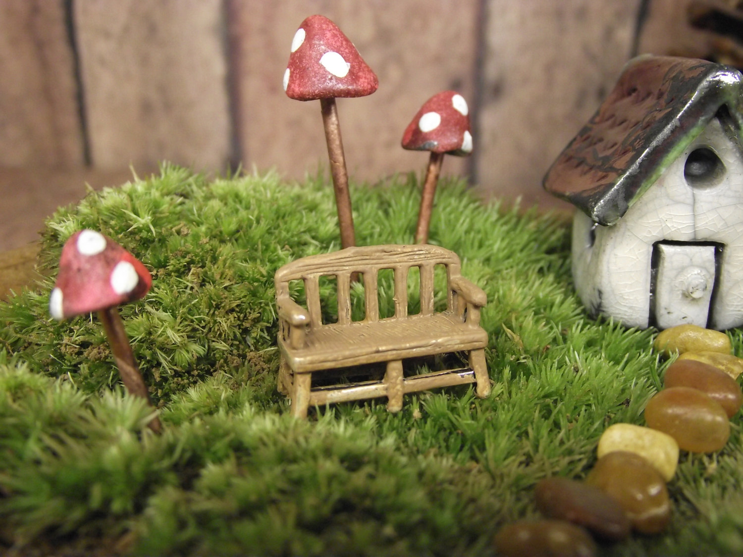 18 charming miniature fairy garden decorations style motivation. Black Bedroom Furniture Sets. Home Design Ideas