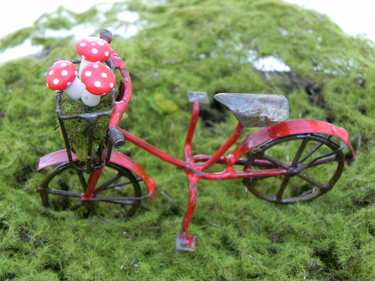 18 Charming Miniature Fairy Garden Decorations Style Motivation