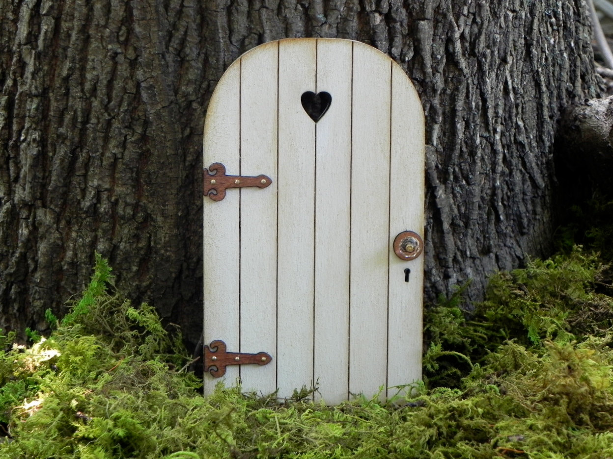 18 charming miniature fairy garden decorations style for The little fairy door