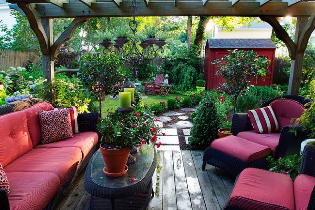 18 Landscaping Ideas for Small Backyards (14)