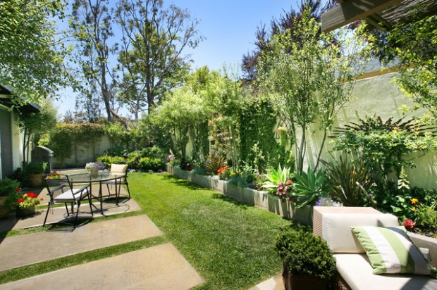 18 Landscaping Ideas for Small Backyards (6)