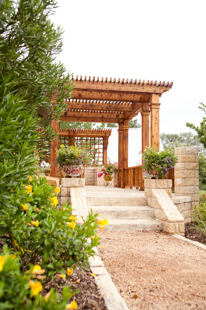 18 Lovely Pergola Design Ideas for Your Outdoor Area (2)