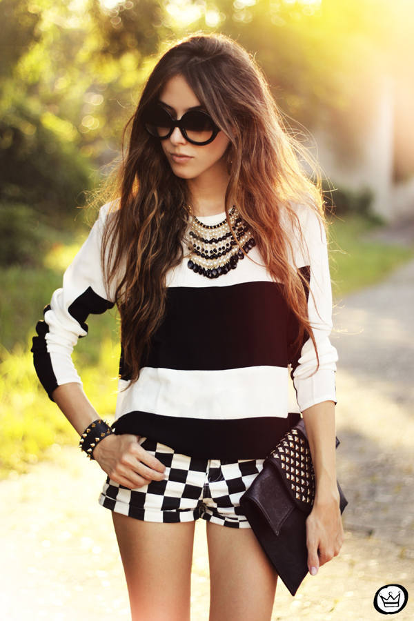 18 Stylish Outfits with Statement Necklaces        (1)