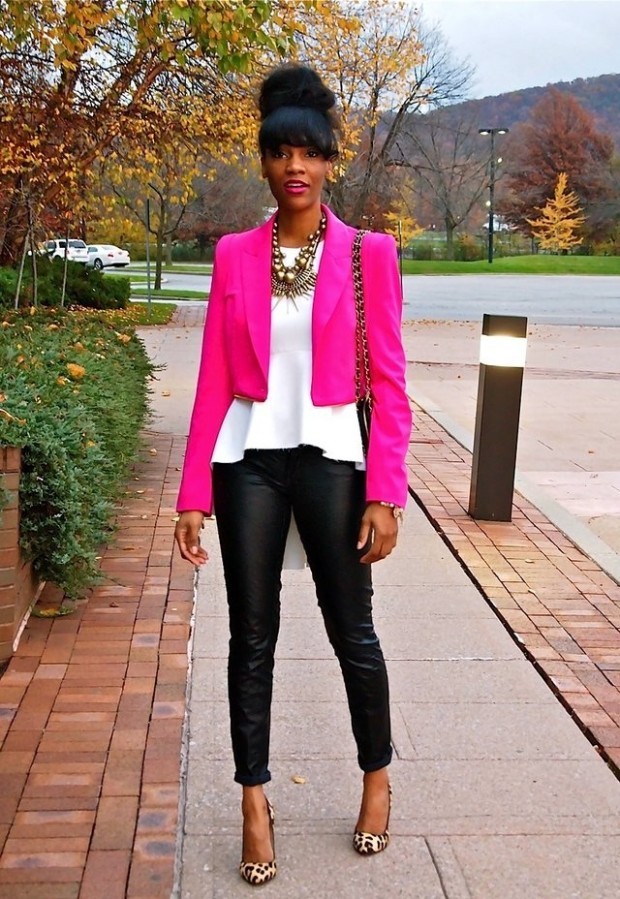 18 Stylish Outfits with Statement Necklaces        (3)
