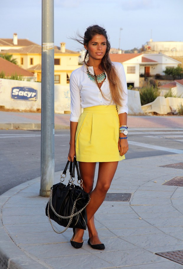 18 Stylish Outfits with Statement Necklaces        (5)