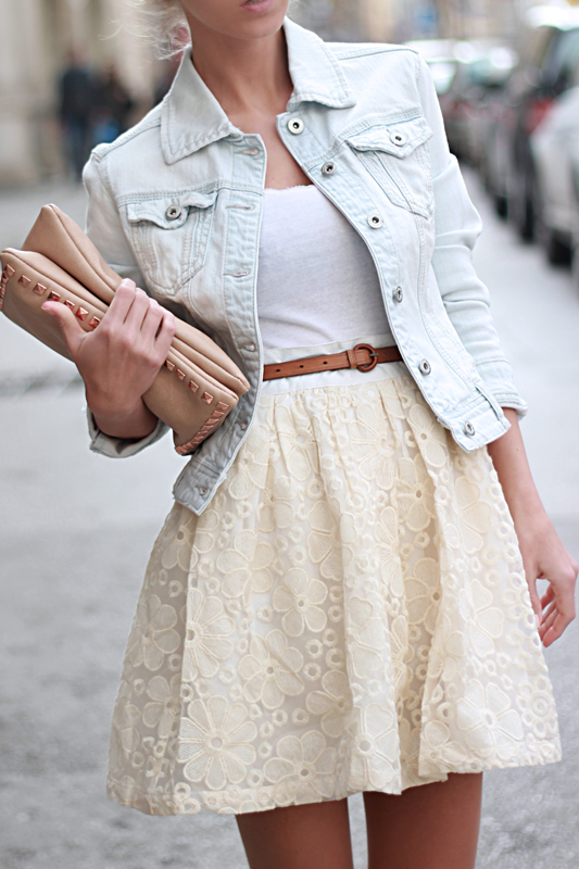 20 Outfits with Skirts for Trendy Chic Spring Look
