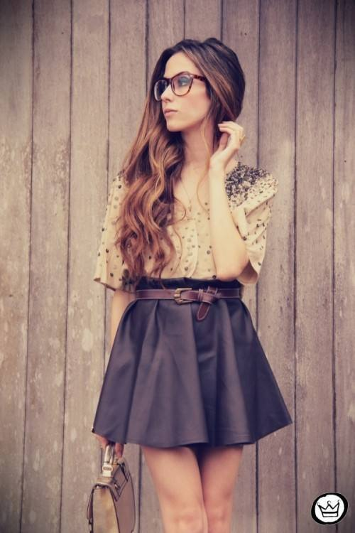 20 Outfits with Skirts for Trendy Chic Spring Look (3)