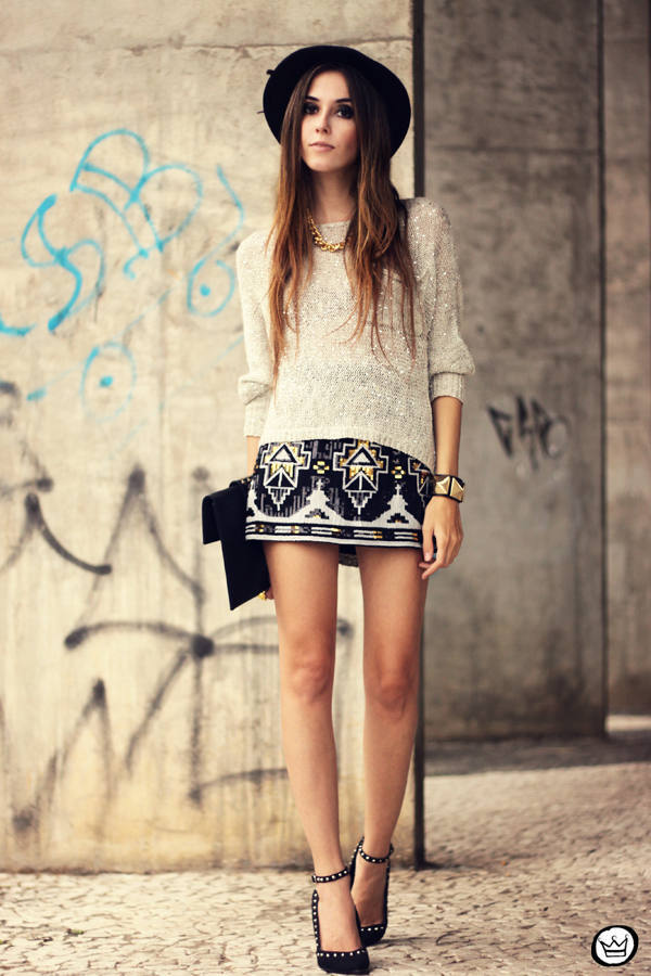 20 Outfits with Skirts for Trendy Chic Spring Look (6)