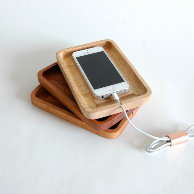 22 Easy DIY Driftwood Docking Stations for Your Devices (2)