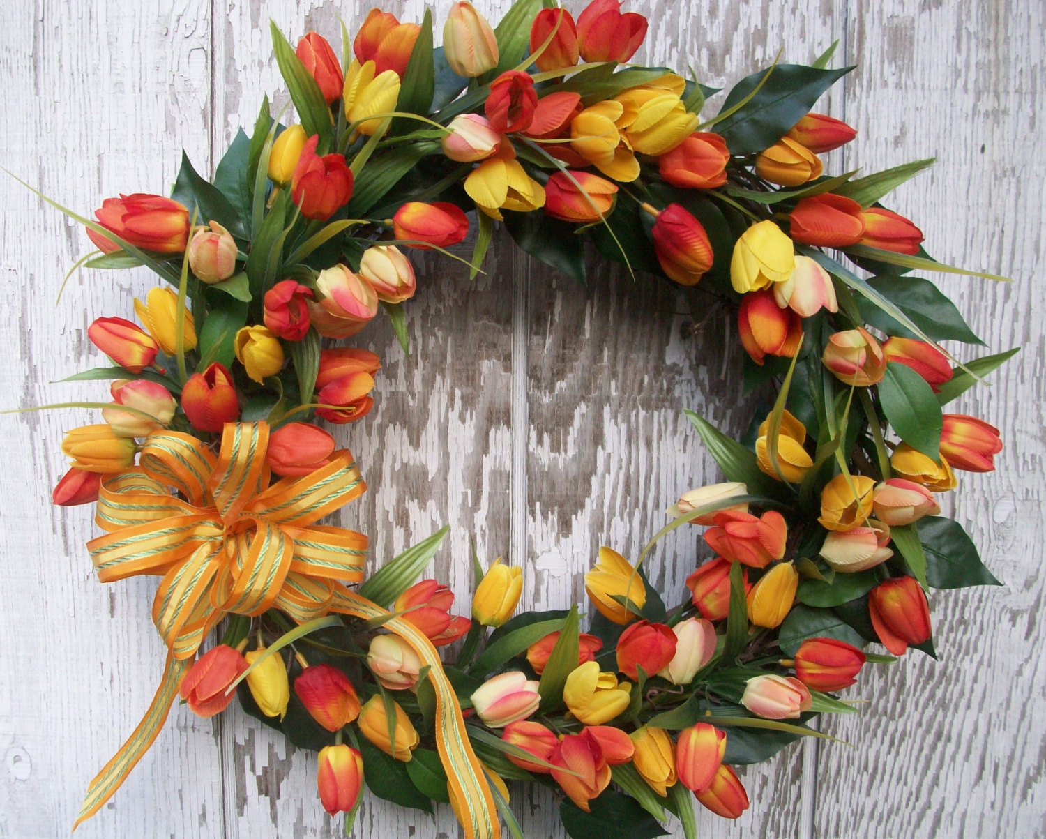 22 Enlivening Handmade Spring Wreath Designs - Style Motivation
