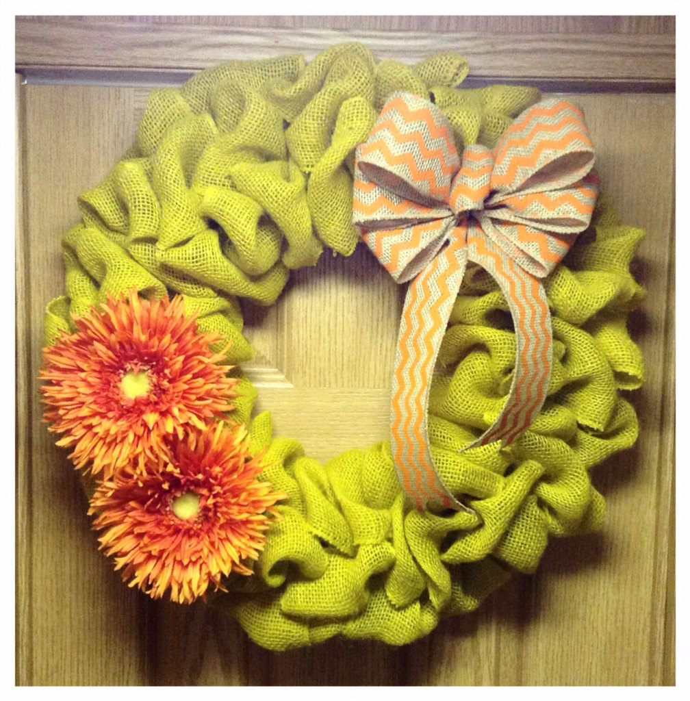 22 Enlivening Handmade Spring Wreath Designs Style