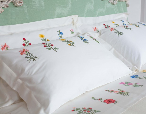 Loretta Caponis Tailor made Home Linens That Enhances SALDA Arredamenti's furnishings