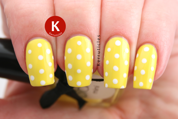 Different Shades of Yellow on Your Nails for Crazy Summer Nail Design (1)